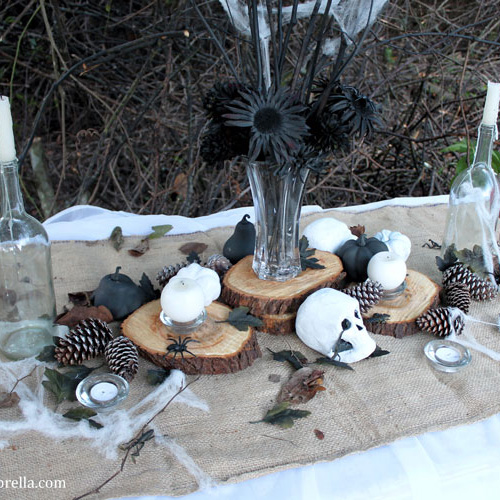 How to Create the Most Amazing Rustic and Spooky Halloween Table Décor