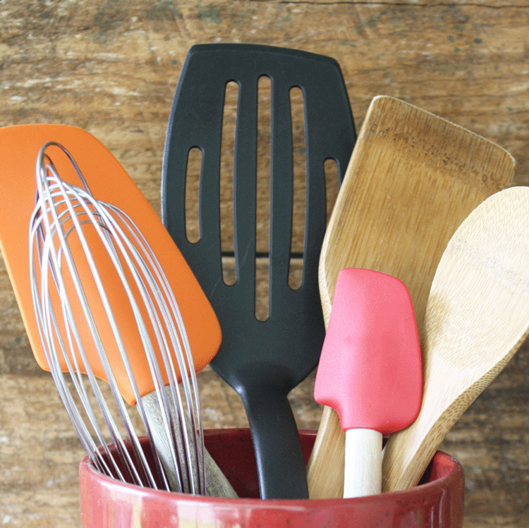5 Basic Kitchen Tools You Can't Live Without