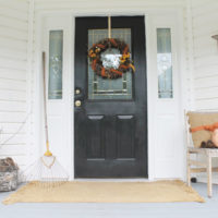 You'll definitely WANT to learn how to create a rustic fall wreath with a few simple, but beautiful materials. Find out how now!