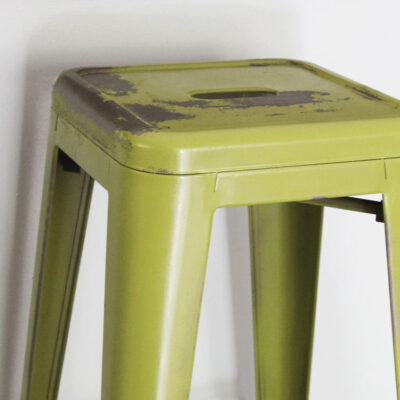 How to Paint and Distress Metal Bar Stools