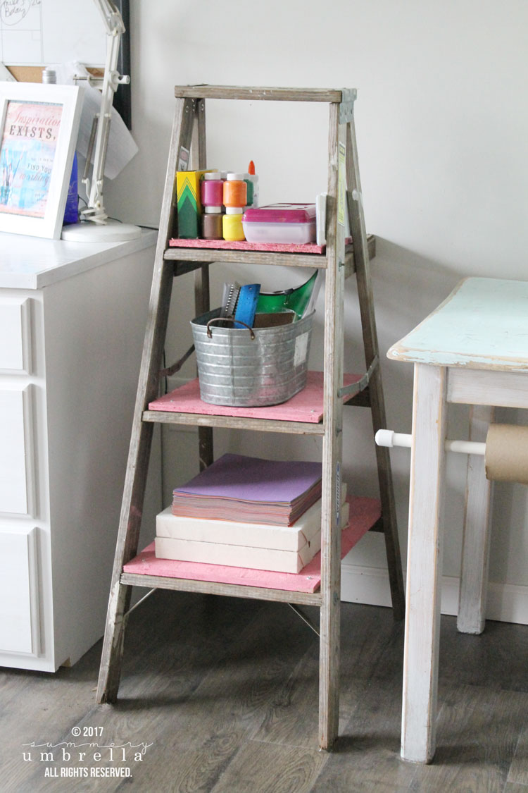 diy kids storage ladder, diy kids bookshelf