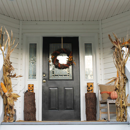 How to Create a Rustic Halloween Porch