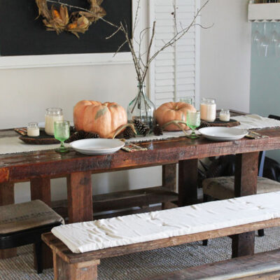 Peach and Green Thanksgiving Table Ideas