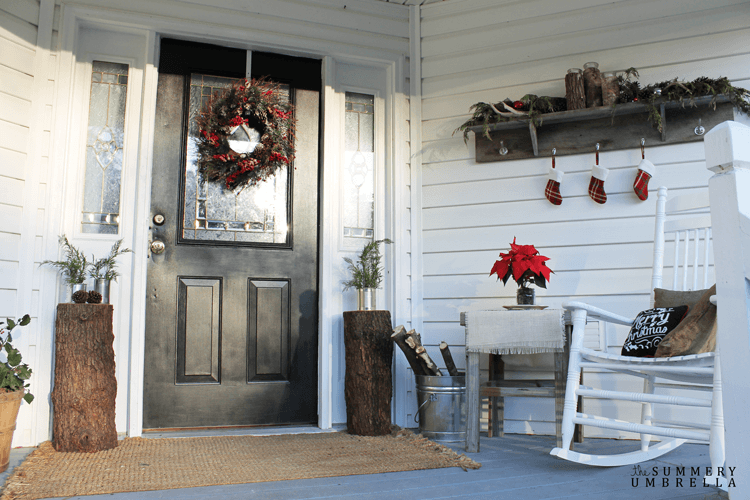Rustic Holiday Front Porch Ideas 11