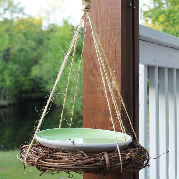 DIY Rustic Birdbath