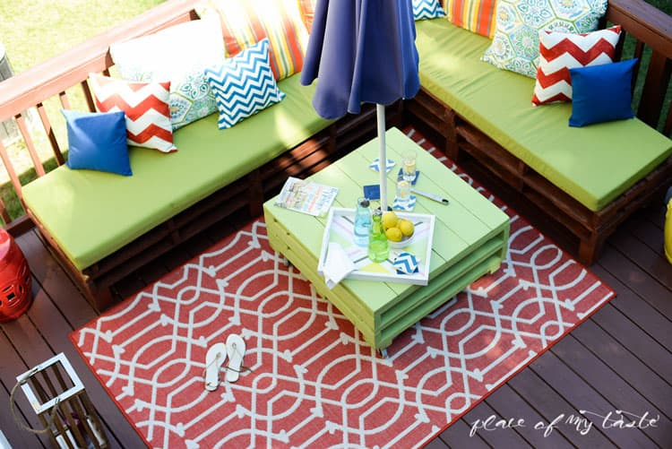 DIY-pallet-furniture-patio-makeover-www.placeofmytaste.com-2754