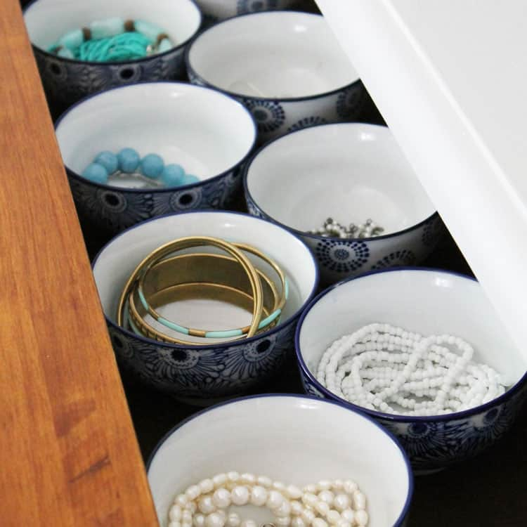 Super Simple Jewelry Organization