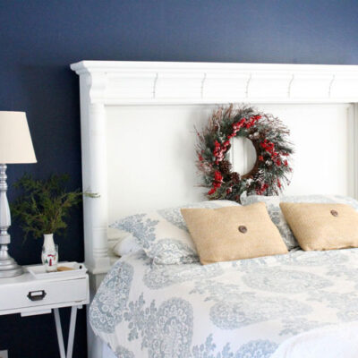 Beautiful and Simple Holiday Bedroom Decor