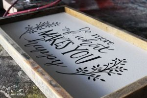 Hand Lettered DIY Wood Sign Video Tutorial PLUS Free SVG File!