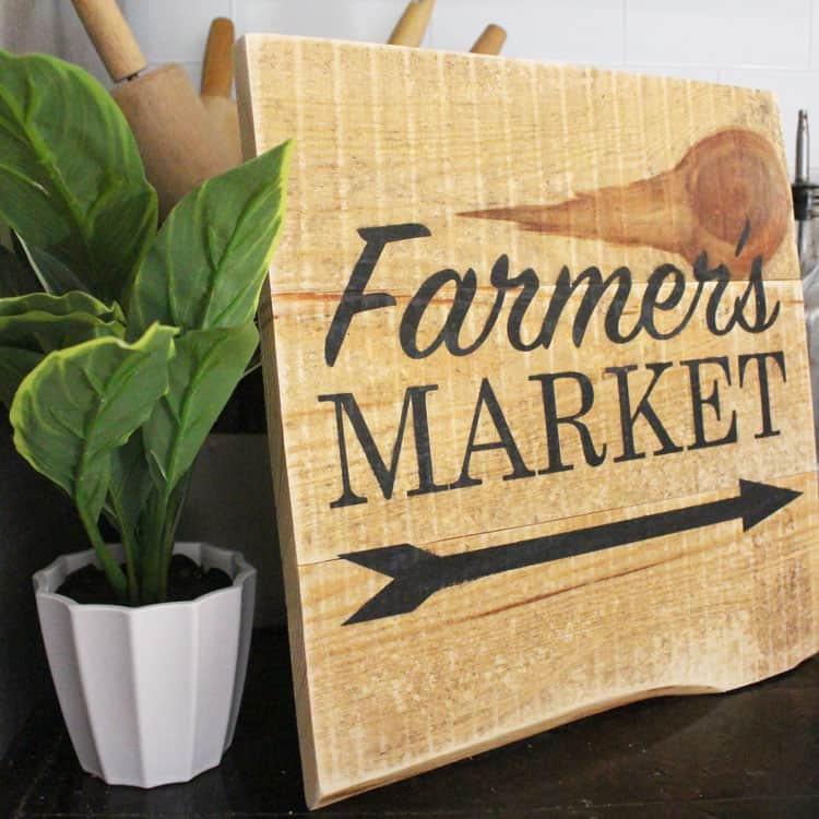 My Favorite DIY Farmers Market Wood Sign PLUS Free SVG Cut File