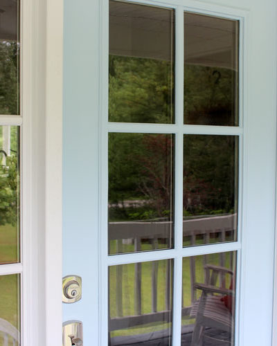 Learn how to quickly paint your metal front door with just a few simple steps!