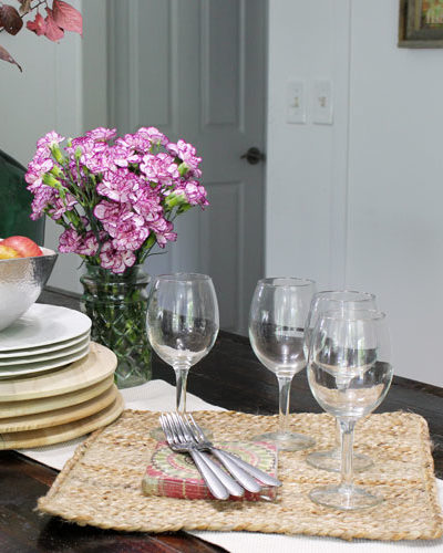 5 Easy Ways to Rearrange a Beautiful and Rustic Fall Tablescape