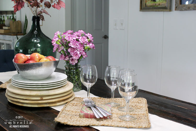Create five different rustic fall tablescapes from just one! Let me show you how.
