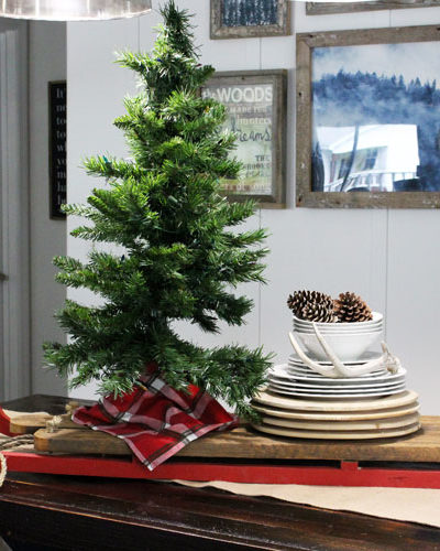 My Christmas Home Tour (Featuring Our Dining Room)