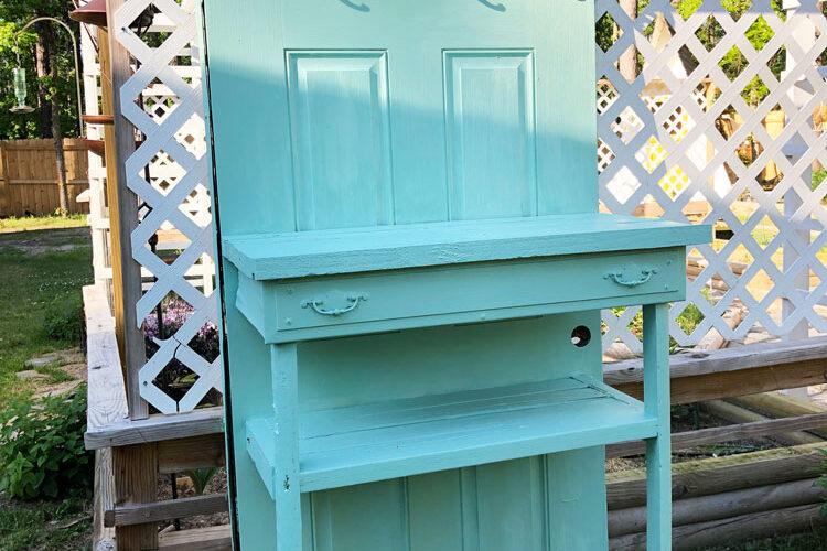 door potting table